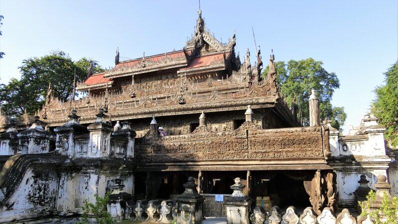 Mandalay Sehenswürdigkeit Shwenandaw Kyaung von außen
