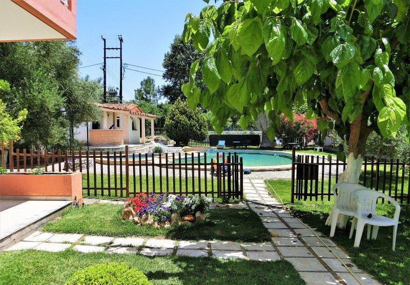 Pool von Evelyns House Zacharo Westpeloponnes
