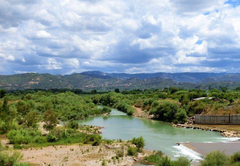 Aussicht vom Staudamm auf dem Weg nach Olympia auf dem Westpeloponnes
