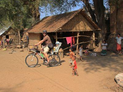 Mit Fahrrad durch Südostasien mit Kind in Mandalay