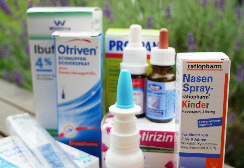 Medikamente für die Reiseapotheke Kinder