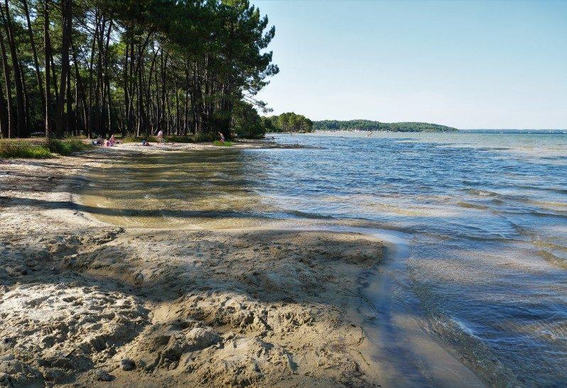 Einer der schönsten Strände in Frankreich nahe Biscarrosse in Ispe am Lac Cazaux-Saguinet