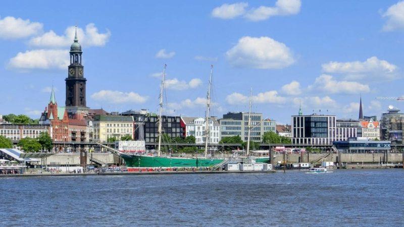 Sightseeing Hamburg Hop on Hop off für Familien