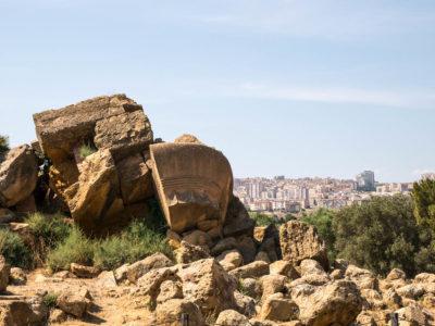 Agrigento Sizilien Tal der Tempel Blick auf Agrigent