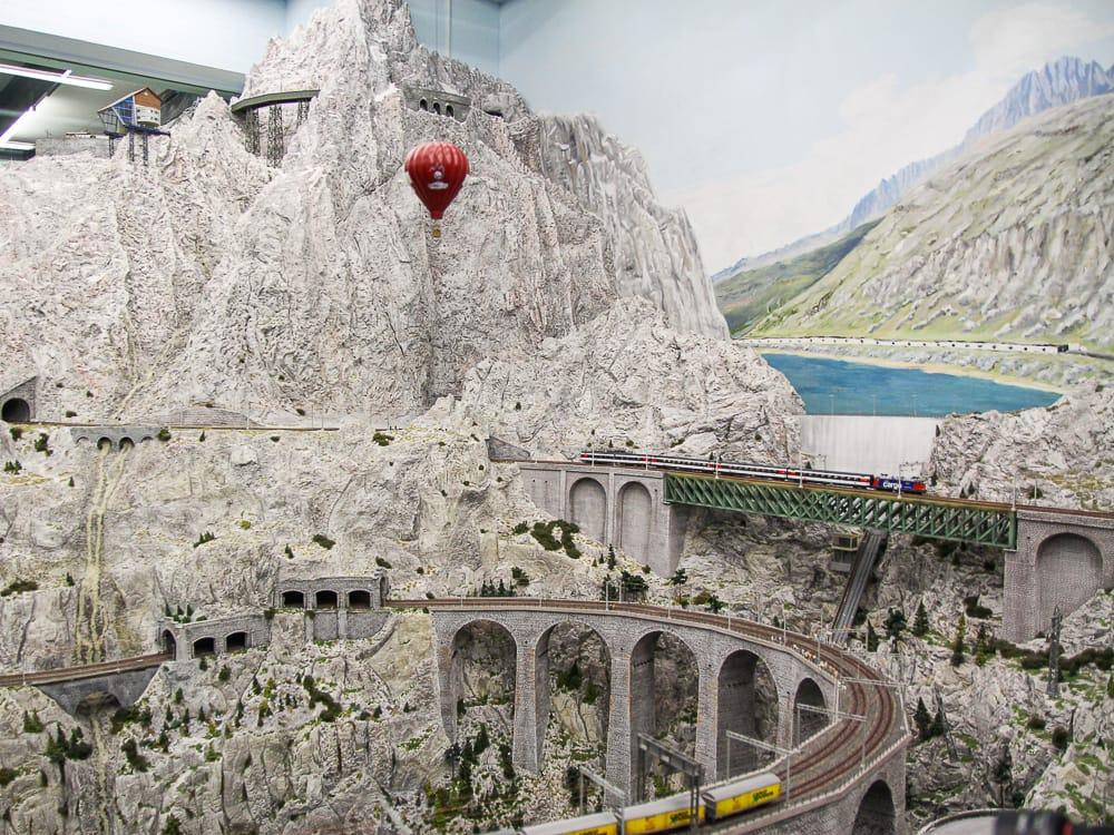 Schweizer Bergwelt im Miniatur Wunderland