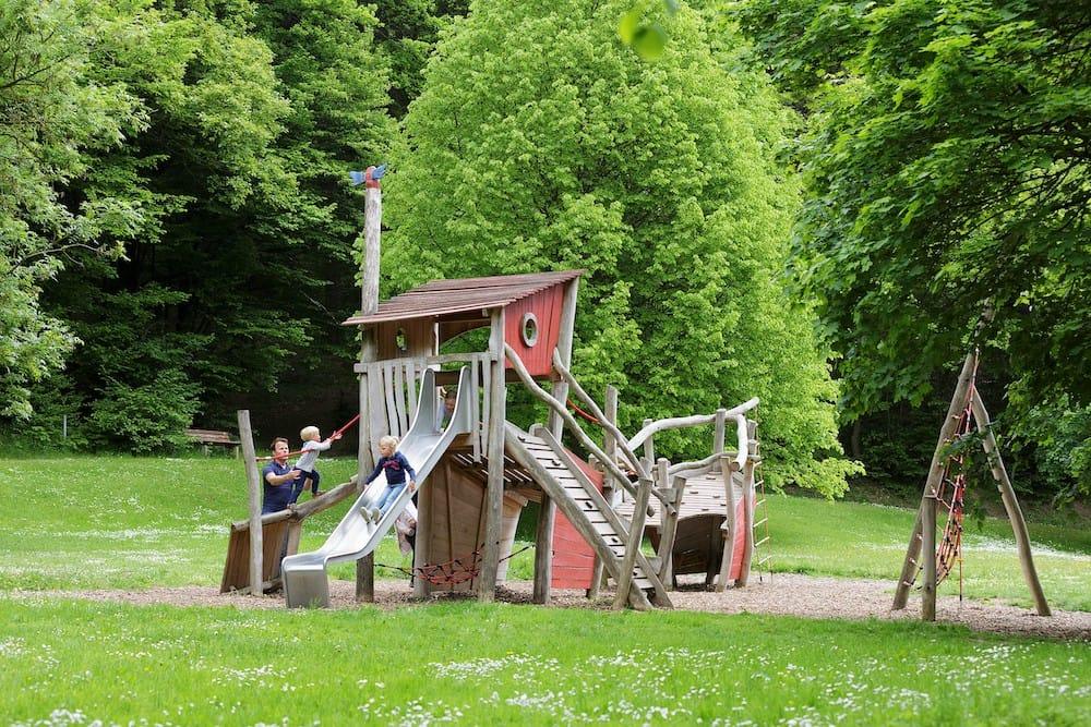 Toller Spielplatz im Center Parcs Eifel
