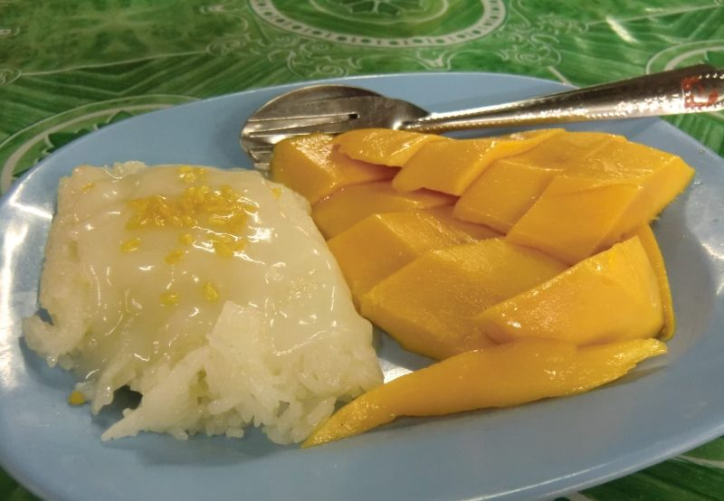 Khao Niaow Ma Muang - Sticky Rice with Mango - Klebereis mit Mango